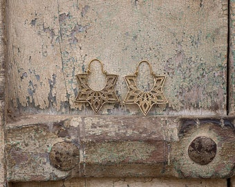 Earrings Brass Flower Geometric  / Boucles d'oreilles Fleur Geometrique