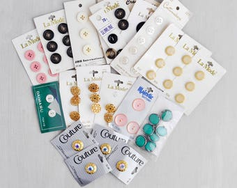 Vintage Carded Button Lot -  64 La Mode, Couture, Majestic, Slimline, plastic, metal, rhinestone buttons on original cards