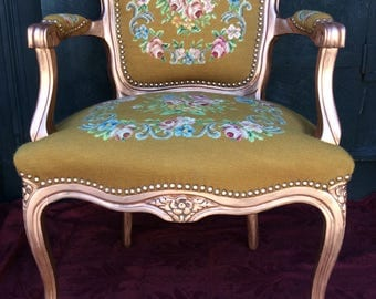 Vintage Needlepoint Arm Chair - Fauteuil Chair - French Arm Chair - Hollywood Regency Chair - Vintage Victorian Chair - Shabby Chic
