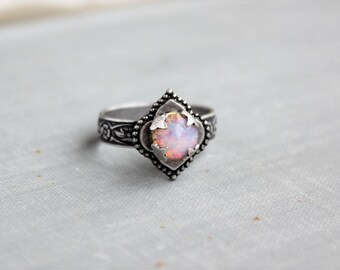 Fire Opal Ring. Quatrefoil Ring. Adjustable