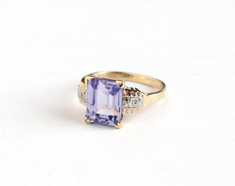 Vintage 10k Yellow & White Gold Simulated Amethyst Ring - Art Deco 1940s Size 5 1/4 Flower Two Tone Light Purple Statement Fine Jewelry