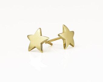 Star stud earrings, gold star earrings, 14k gold studs, solid gold earrings