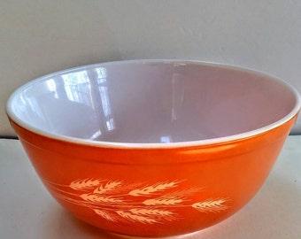 Vintage Pyrex Orange Bowl With Wheat Design,Wedding Gift,Housewarming Gift,Serving Bowl,Fruit Bowl,Oven Safe,Microwave Saft,Corning NY,USA