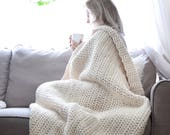 Chunky Knit Throw Blanket Afghan / Thick Crochet Throw Cozy Wool Home Decor Cream White / Soft Blanket Fashion Style Modern Contemporary