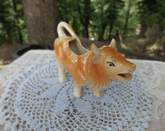 Vintage Cow Creamer | Farmhouse Kitchen Table | Barnyard Tableware