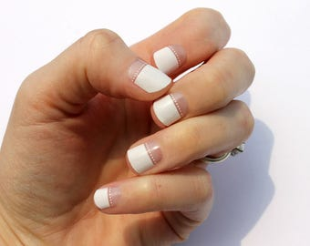 White Dip & Dot Transparent Nail Wraps