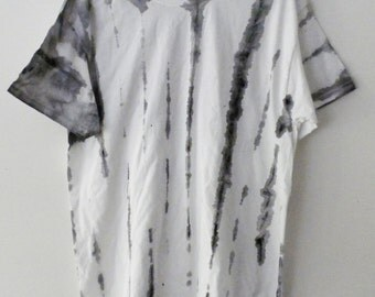 Tie Dye tee shirt, graphic Tee shirt, retro, hand painted shirt, dip dye, white and black, retro, rocker, fade, Gift under 15 dollars