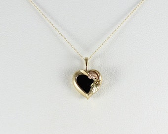10K Black Hills Gold Onyx Heart Necklace 18 inch chain