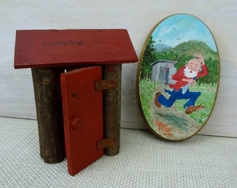 Grandpa And The Wasps Plaque And Wooden Outhouse // Cute Hillbilly Gift Set