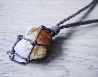 Raw Citrine Necklace, Citrine Point Necklace, Citrine Jewelry, Solar Plexus Chakra, Healing Crystal Necklace