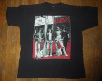RARE Ramones t shirt - CBGB OMFUG - Bob Gruen photograph - super collectible punk rock band tee shirt - worn in paper thin cotton t-shirt