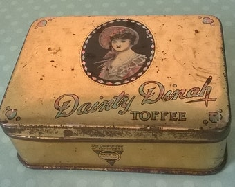 Lovely Horner's 'Dainty Dinah' vintage hinged tin with gilt finish