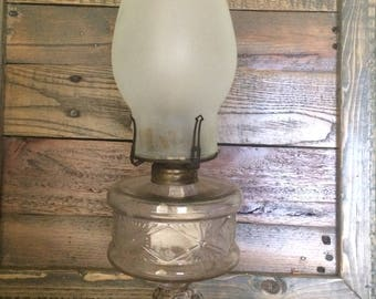Antique/Vintage Clear Pressed Glass Oil/ Kerosene Scovill Thumbwheel Lamp with Octagon Base Queen Anne No. 1