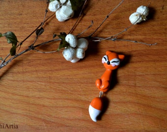 Polymer clay brooch Fox brooch Polymer clay fox Polymer clay jewelry Fox lovers Fox jewelry Shawl pin Polymer clay pin Christmas gift