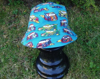 Reversible sun hat, age 3-5 years (53 cm, 21 inches)