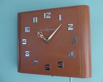 Vintage Clock - Art Deco Style