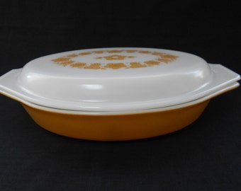 "Vintage Pyrex ""Butterfly Gold"" Oval Divided Dish with Lid 1970's  #10302"