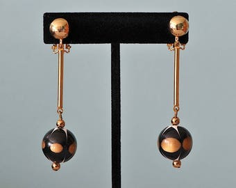 Vintage Black and Gold Clip-on Art Deco Mid Century Drop Earrings / Clip On Earrings / Drop Earrings / Black and Gold Earrings