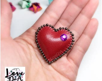 Alice inspired 'red heart' brooch pin - handmade with genuine leather