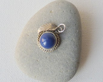 Sterling Silver Round Deep Blue Pendant Vintage  Cabochon Mexico Silver Round Pendant, Retro Sterling, 925 Handmade Jewelry, Retro Leaf
