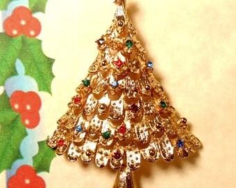 BOOK Piece Signed JJ Vintage Christmas Tree Rhinestone Crystal Brooch Pin Bright Gold J.J.