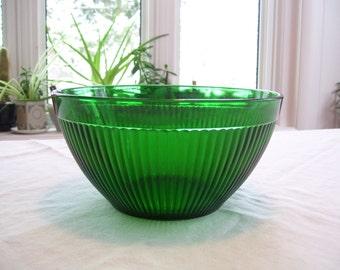 Batter Bowl Green Depression Glass With Unique Handle D Amp B