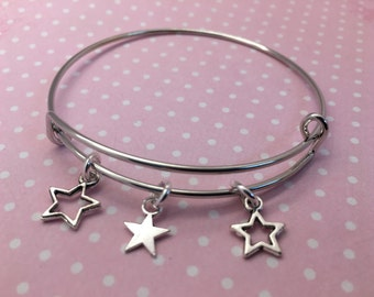 Silver star bangle, star themed bangle, star bracelet, silver bangle bracelet, Christmas star bangle, bracelet with star charms