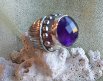 Sterling silver amythyst dome ring