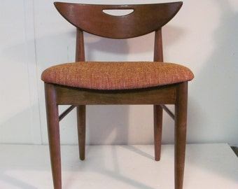 Fantastic Mid Mod Cats Head Side Chair