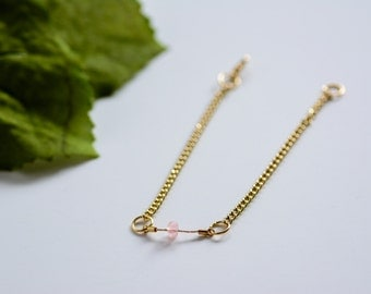 Minimalist pink and gold bracelet