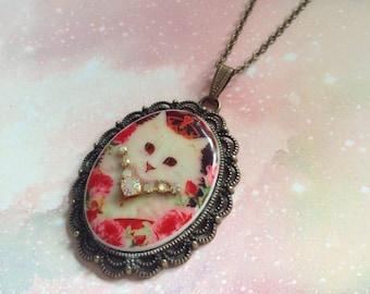 Royal cat porcelain cameo necklace