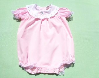 vintage baby togs baby girls romper size 6-9 months see measurements pink with white lace trim