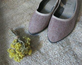 Vintage Womens brown shoes, dress womens shoes, 1970s 70s shoes, Flat shoes, Ballet flats, brown womens flats, vegan shoes,  walking shoes