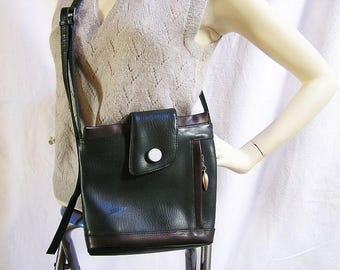 70s Noble handbag / Many pockets for stowing / Real Leather-Brand Metropolitan