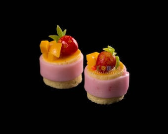 Dollhouse Miniatures Peach and Strawberry Tart Pastry Decoration Supply - 1:12 Scale