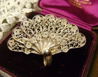 CONTINENTAL VINTAGE STERLING Silver Filigree Fan Brooch -4.5 cms wide