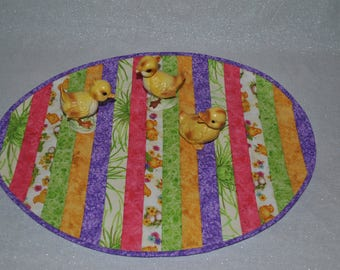 Easter Table Topper or Table Decoration