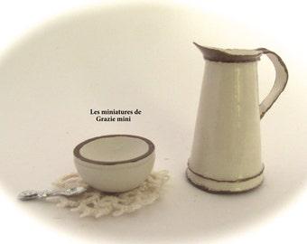 Miniature jug -scale 1:12-Dollhouse miniatures