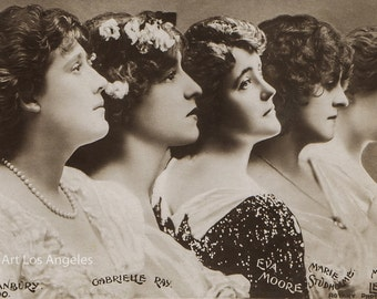Photo of Gabrielle Ray and other Edwardian actresses