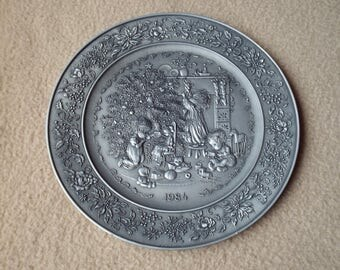 Hallmark Little Gallery Pewter Plate 1984