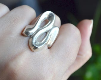 Sterling Silver Ring, Solid Silver Ring, S Shape Ring, Size 10, size 11, swirl ring, Heavy Silver Ring (V40)