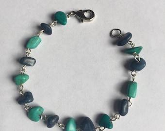 Southern Blues Chip Beaded Bracelet