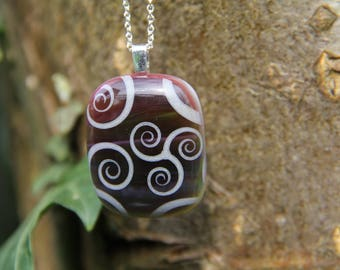 Red and white swirl glass pendant, fused glass pendant, swirl pendant, red glass, swirl  necklace, glass jewellery, fused glass ,