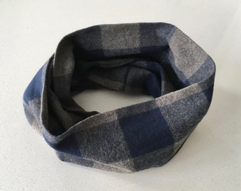 Infinity scarf - Navy and grey tiles