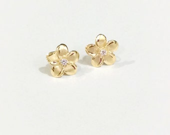 14k plumerias stud earrings