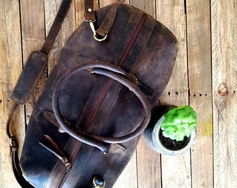 LargeLeather  Duffle Bag/Weekender/Gym Bag