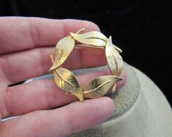 Vintage Goldtone Leaves Pin