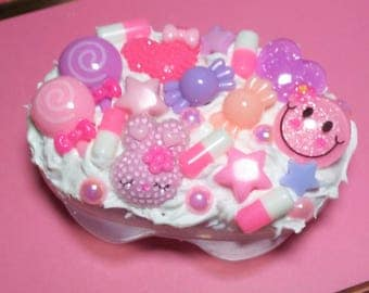 Decoden Kawaii Pill Case - Pastel Kawaii Happy Pill Container - Mini Medicine Box - Rx Pill Case - Dreamy Pills - Kawaii Accessories