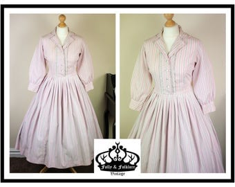 Genuine 1950s Cotton Shirtwaist Fit and Flare Day Dress with Long Sleeves in Pink and White, Size S / M