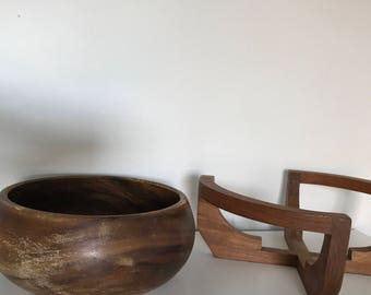 wood bowl and stand | gailstyn-sutton, wood bowls, wooden bowl, wooden bowls, wood salad bowl, salad bowls, vintage wood bowl, bowl and base